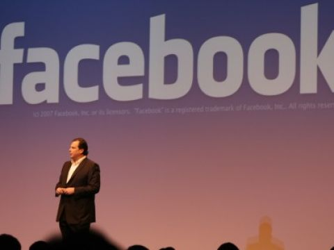 Facebook met Benioff van Salesforce