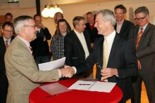 Ondertekening contract Dronten - Inter Access