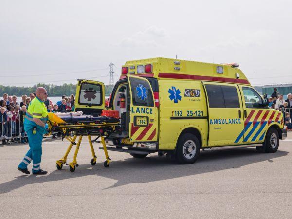 Cwi Promovendus Laat Ambulances Op Tijd Rijden Computablenl