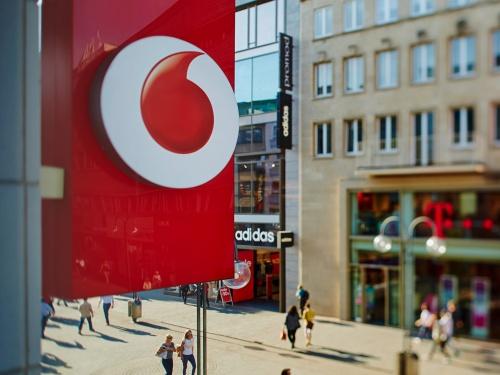 8d4a6b39f7e Vittorio Colao, de Italiaan die tien jaar aan het hoofd stond van Vodafone,  heeft aangekondigd op 1 oktober het bedrijf te verlaten.