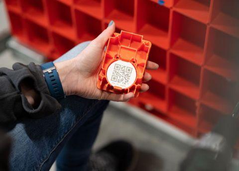 PostNL verbetert logistiek met digitale trackers, bron: Computable.nl
